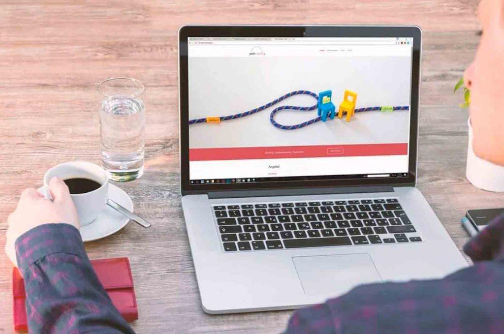 10 tipos de publicidad online que necesitas conocer: publicidad display, que presenta los anuncios en forma de banners en las páginas de destino.
